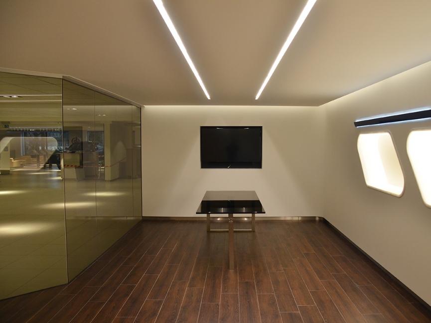 Maserati Eindhoven, Verbouwing bestaande showroom